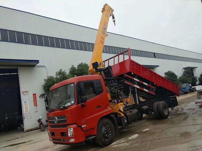 东风天锦长兴8吨随车吊带自卸